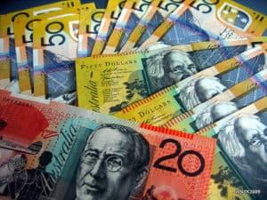fan of australian 50 and twenty dollar notes